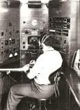 Un opérateur radio en 1954